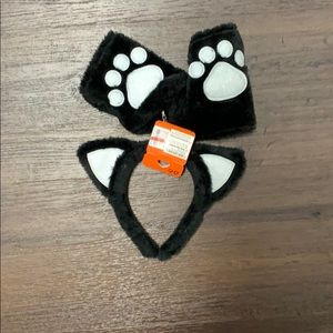 Claire's cat ears Halloween costume paws new